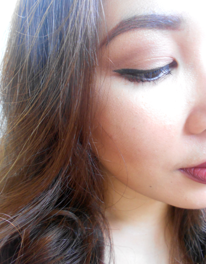 Face of The Day - Neautral Makeup and Dark Lip - 1