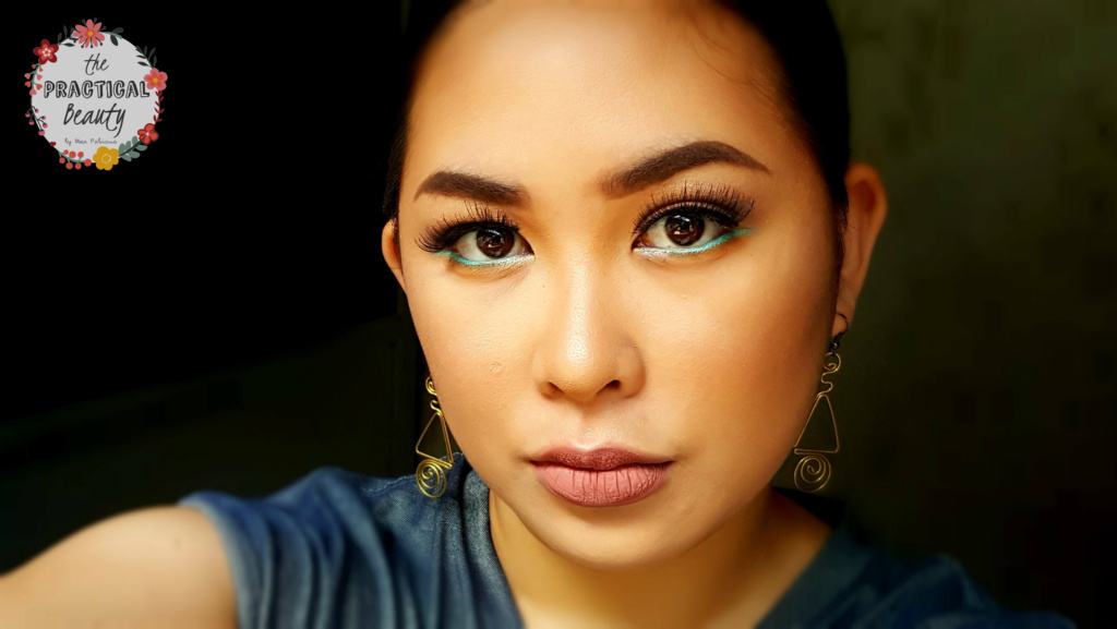 Blue Eyeliner Eye Makeup Look | The Practical Beauty